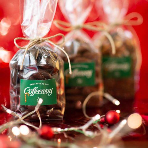 Dragee αμυγδάλου, σοκολατάκι τιραμισού, καραμέλα-αλάτι 250g Λ.Τ. 4,87€