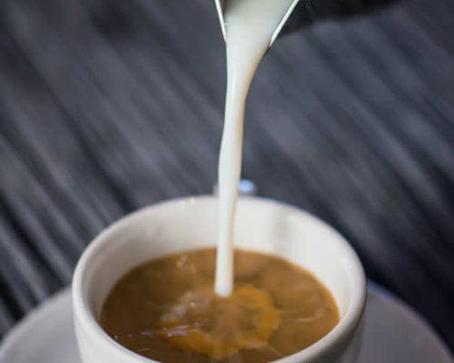 Ισορροπημένο χαρμάνι στιγμιαίου καφέ, αποκλειστικά φτιαγμένο για τα Coffeeway, και τέσσερις αρωματικοί Little's, Freeze-dried, 100% Arabica σε συσκευασία 200gr, για την απόλαυση ενός στιγμιαίου καφέ στην κλασική, αρωματική ή decaf εκδοχή του