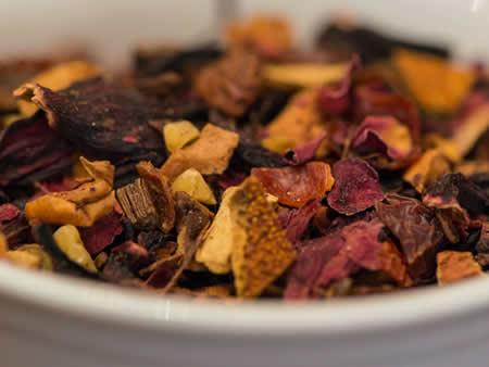ροφήματα με τσάι και βότανα χωρίς καφεΐνη