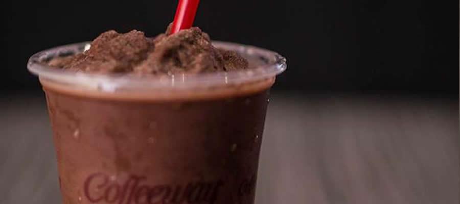 Κρύα σοκολάτα με γεύση φράουλα!