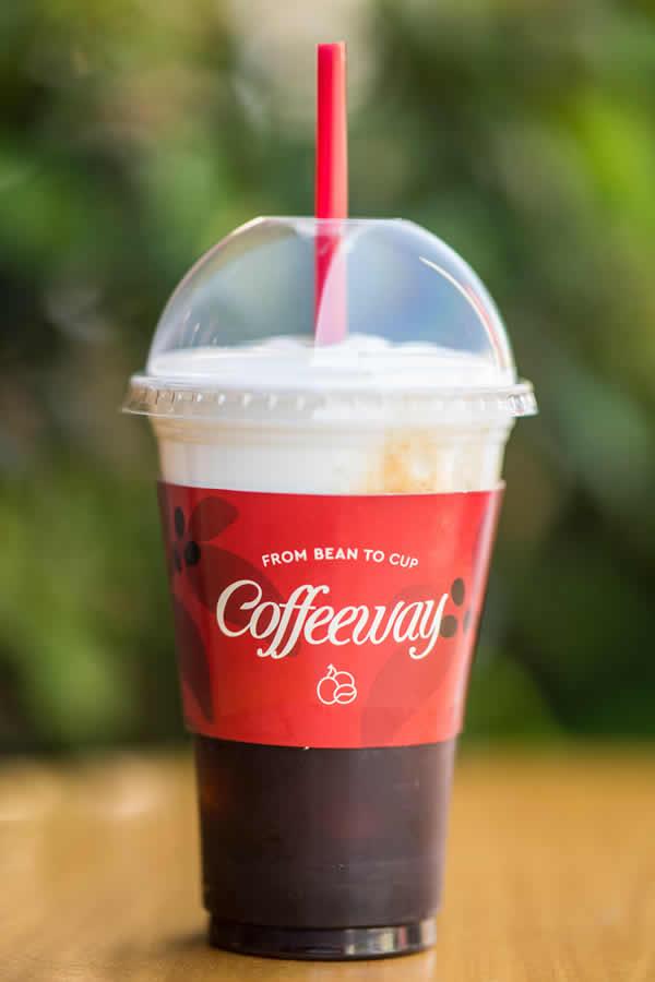 ΑΡΩΜΑΤΙΚΟΣ ESPRESSO Αποκλειστικά στα Coffeeway θα βρείτε αρωματικό espresso σε έξι γεύσεις Caramel Nut, Cinnamon gingerbread, Cookies & Cream, Nut, Vanillia, Choco Macadamia.